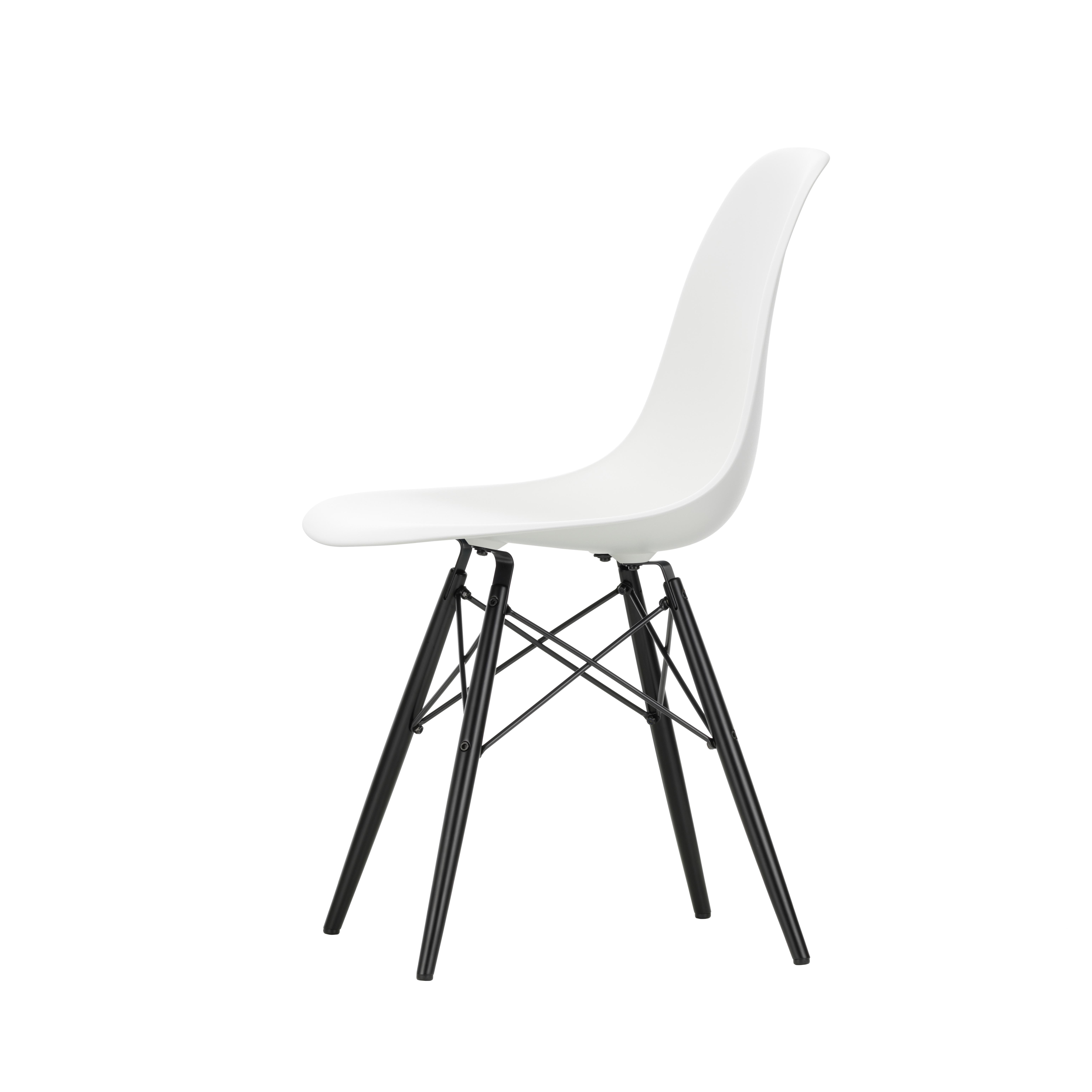 Eames Plastic Chair DSR 42 Green msort base Vitra 2ROM